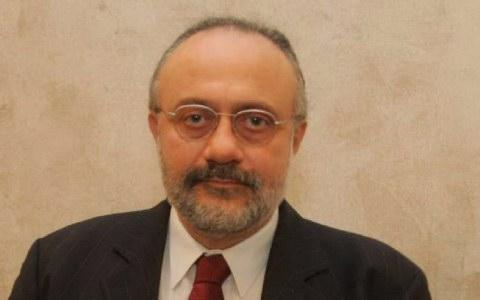 Ο δρ. καθηγητής Μηνάς Τσικριτζής
